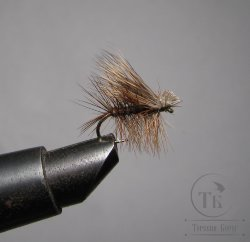 Mуха X Caddis (26) Deer  Natural  Kumho № 12