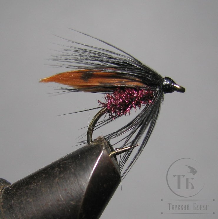 Муха мокрая Wet fly ( 8 ) Black Brown Claret  крючок № 12 ( Kumho Wet)